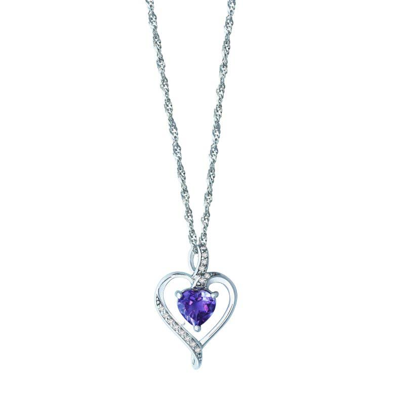 HEART-SHAPED PENDANT WITH A HEART-SHAPED BLUE SAPPHIRE CENTER STONE SURRONDED WITH DIAMONDS