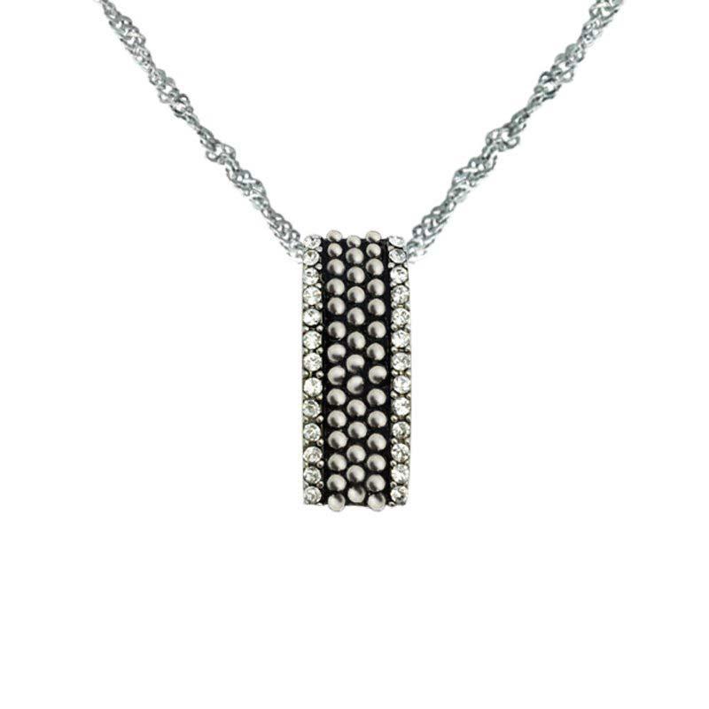 Elegant pendant with Swarovski crystals to each side