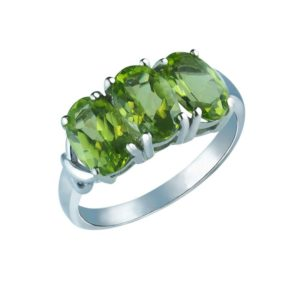 Stunning Oval-Shaped Peridot and Created White Sapphires ring