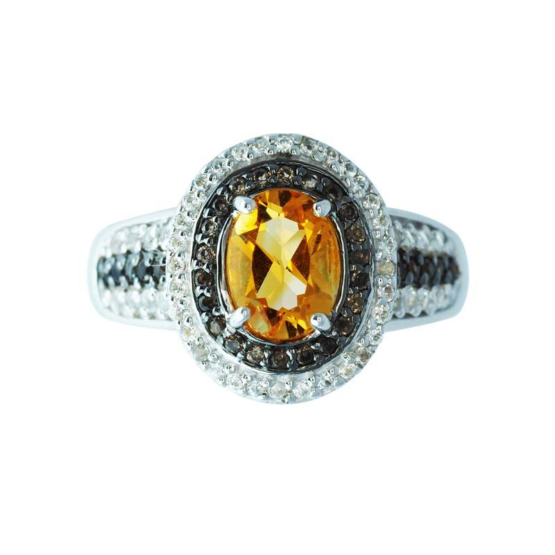Stylish ring with Citrine in the center