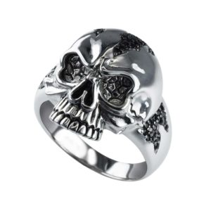 Fierce looking Sterling Silver Skull ring with black spinel