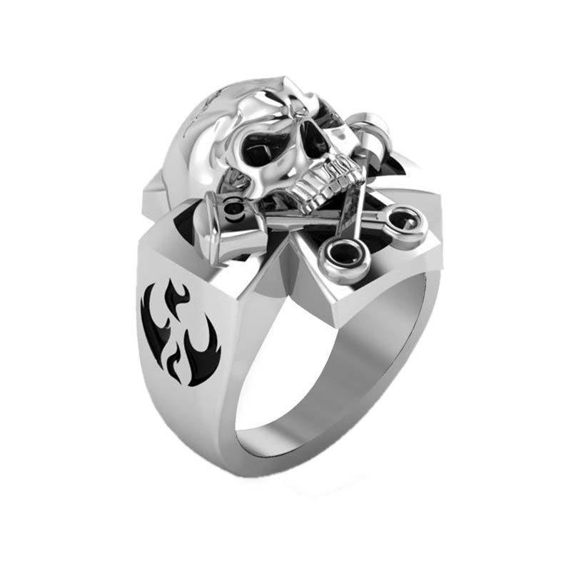 Stylish sturdy Sterling Silver Skull ring with glaring evil eyes